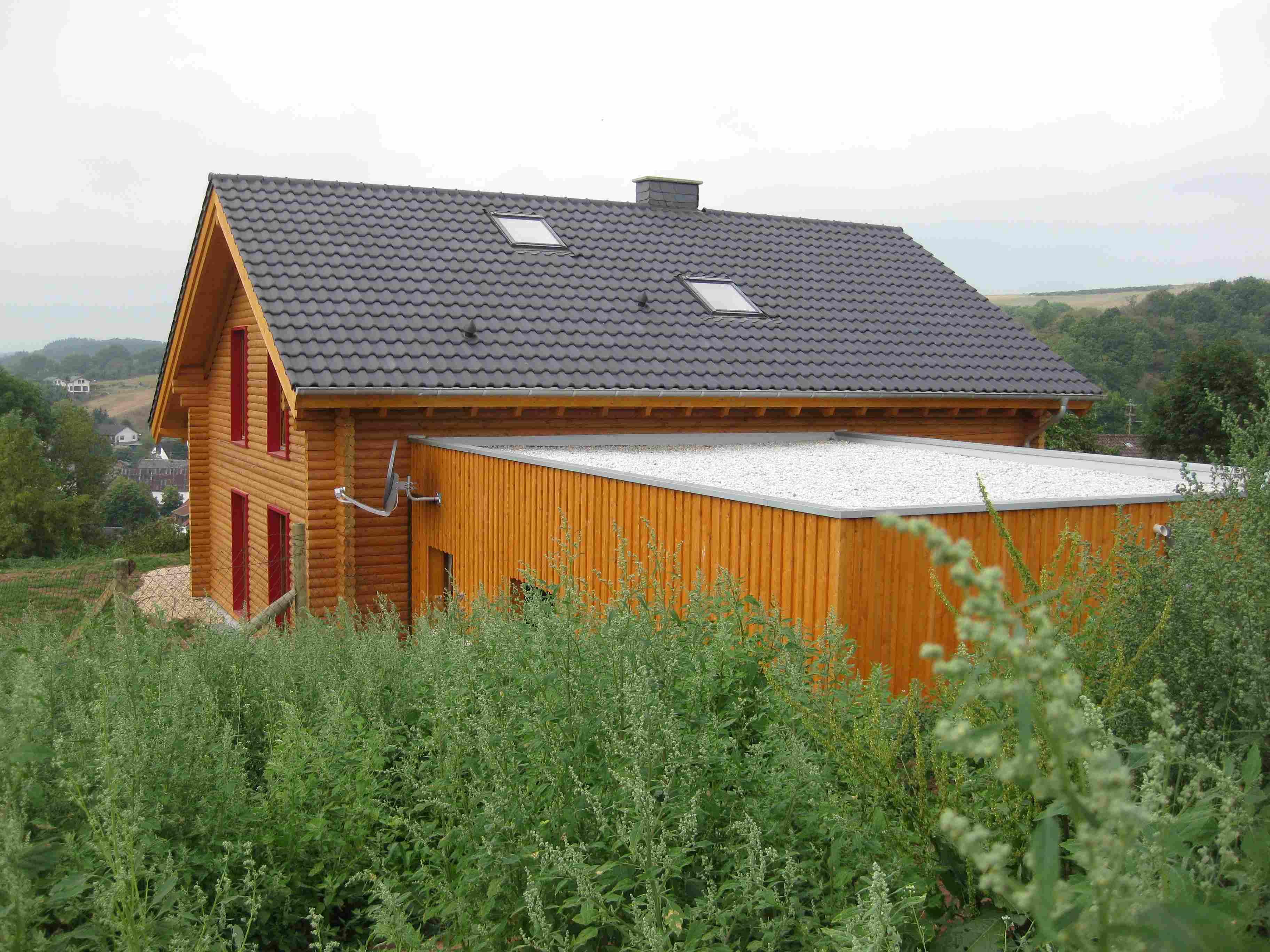 Floss - Blockhaus - Holzrahmen - Zimmerei - Architektur: WH Bilder ...